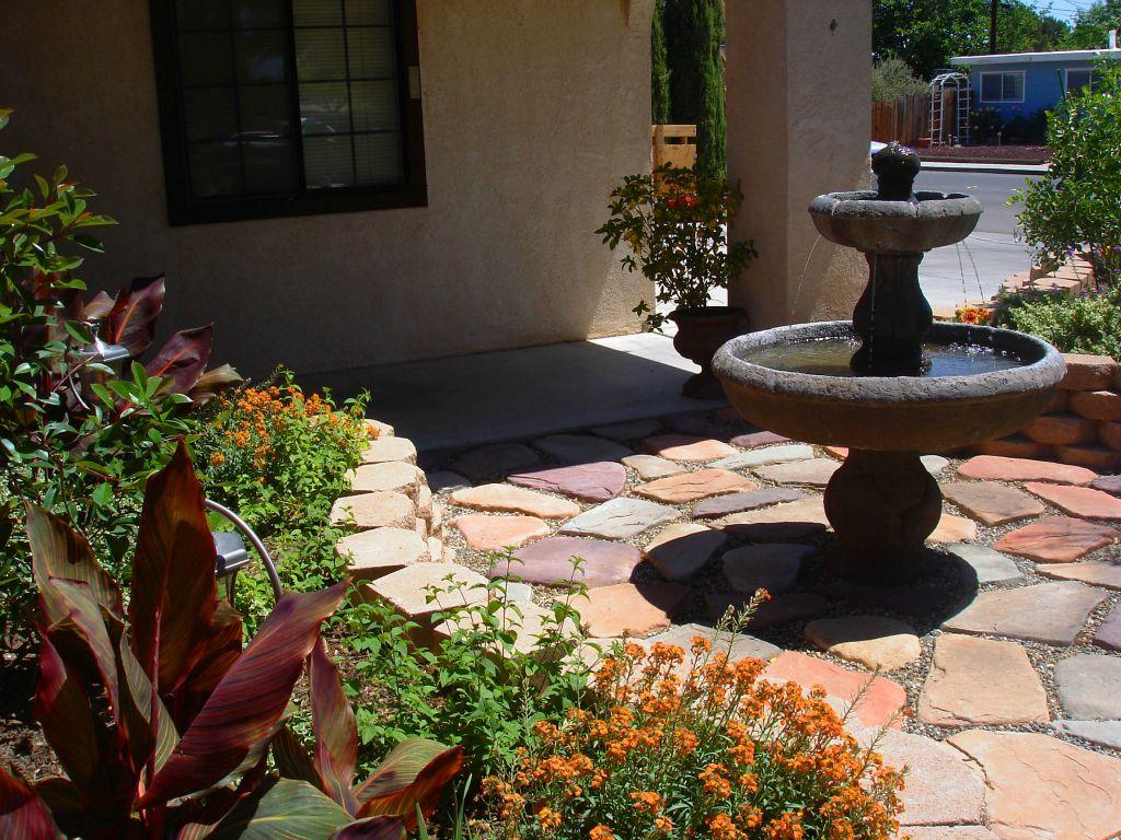 Backyard Patio Designs With Pavers